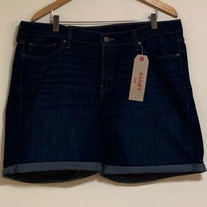 Levi Classic Shorts